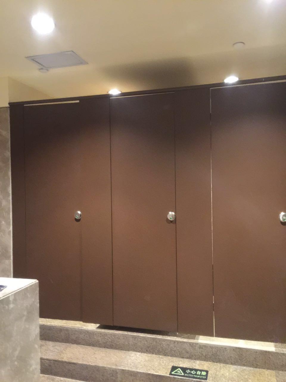 复合板卫生间隔断