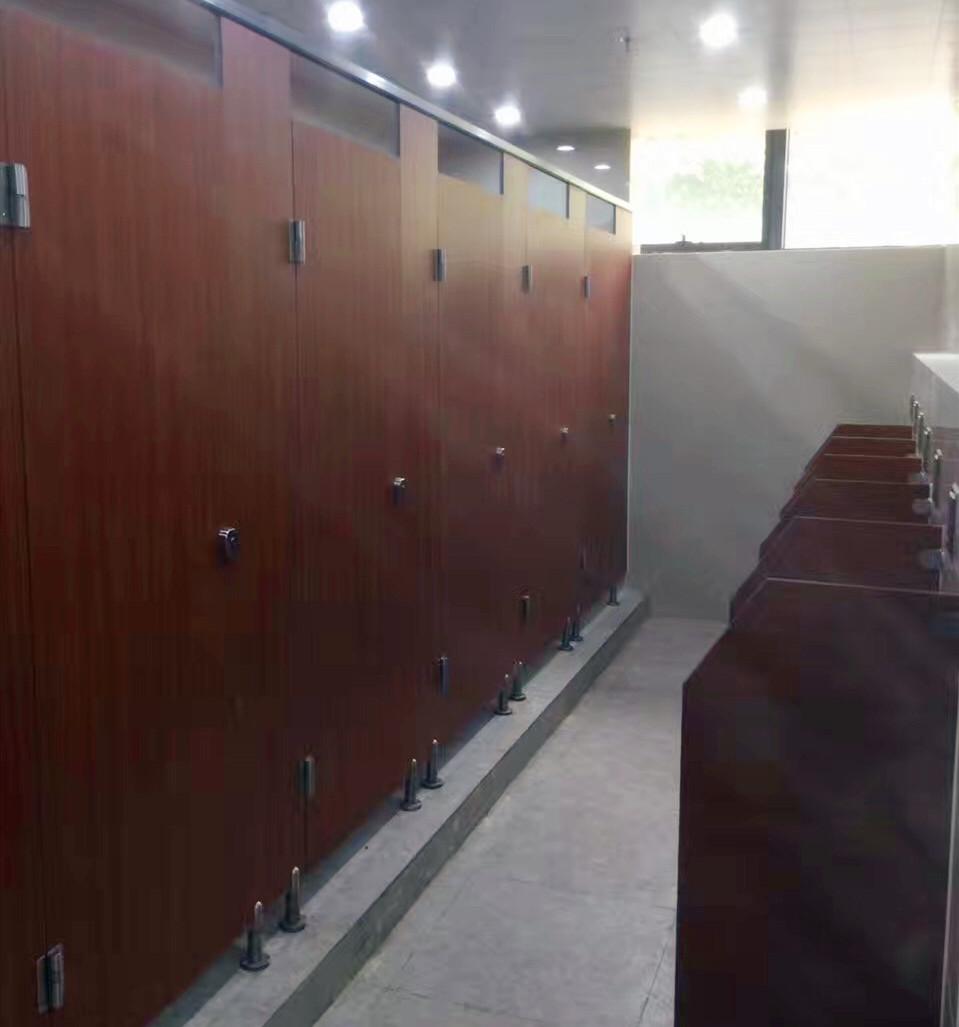 复合板卫生间隔断8